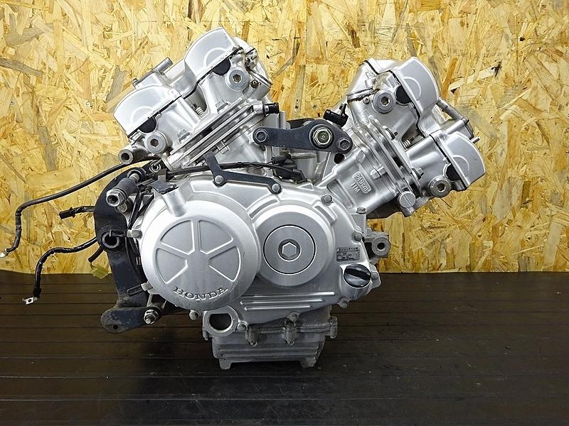 【190627.H】VTR250(MC33-1201)● 中古エンジン オルタネーター クラッチ 難有!? | 中古バイクパーツ通販・買取 ジャンクヤード鳥取 JunkYard