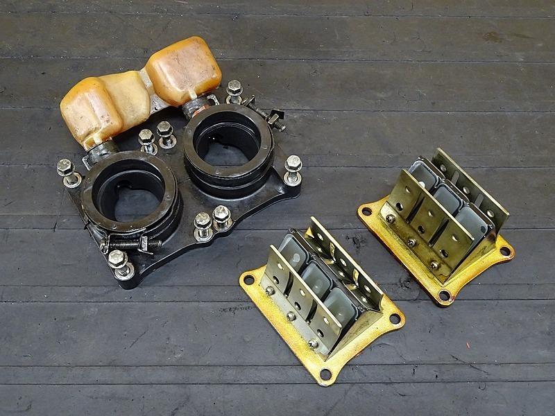 【200118】NSR250R SE(MC21-1073)■ リードバルブ マニホールド インシュレーター   中古バイクパーツ通販・買取 ジャンクヤード鳥取 JunkYard