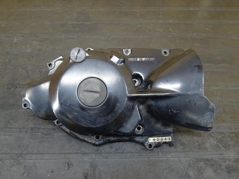 【200524】TW200(DG07J)■ ジェネレーターカバー エンジンカバー左 【エンジンパーツ G315E | 中古バイクパーツ通販・買取 ジャンクヤード鳥取 JunkYard