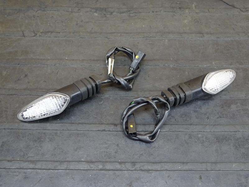 【200701】1199パニガーレS '12◇ リアウインカー 左右セット LED 【ドゥカティ スーパーバイク ABS付 | 中古バイクパーツ通販・買取 ジャンクヤード鳥取 JunkYard