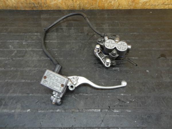 【160329】GB400TT(NC20)◆フロントブレーキキャリパー/マスター | 中古バイクパーツ通販・買取 ジャンクヤード鳥取 JunkYard