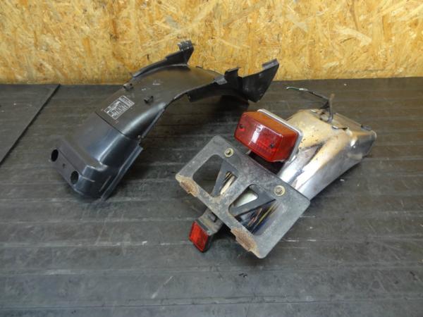 【160329】GB400TT(NC20)◆リアフェンダーテールランプ インナー | 中古バイクパーツ通販・買取 ジャンクヤード鳥取 JunkYard