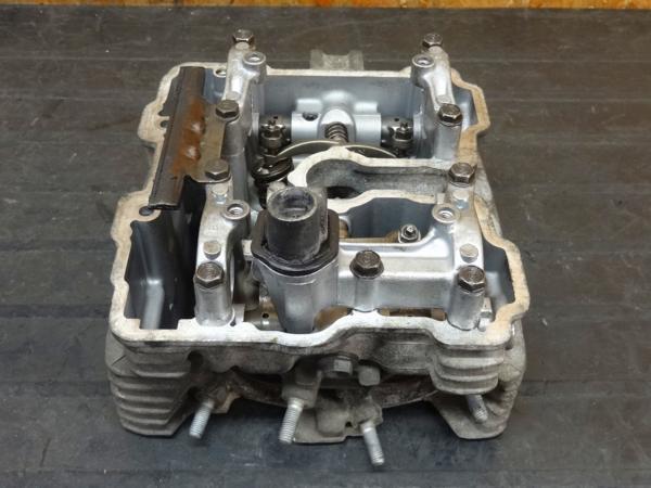 [160419]CBX125F(JC11)◎シリンダーヘッド バルブ 【エンジン | 中古バイクパーツ通販・買取 ジャンクヤード鳥取 JunkYard