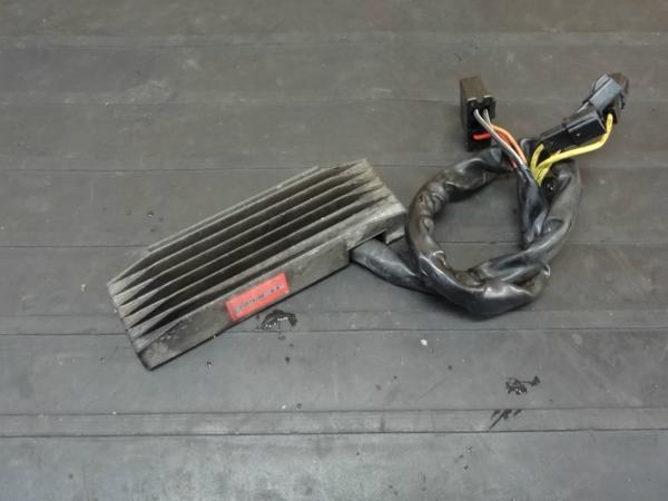 【161220】イントルーダー750(VR51A)◆レギュレター 電装 難有 | 中古バイクパーツ通販・買取 ジャンクヤード鳥取 JunkYard