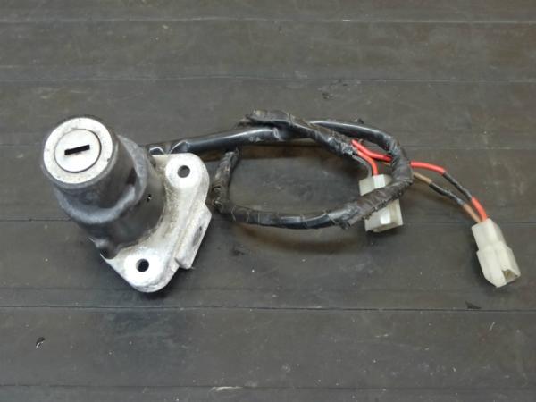 【170313】SR400(1JR-252)◆メインスイッチ 鍵無 難有 | 中古バイクパーツ通販・買取 ジャンクヤード鳥取 JunkYard