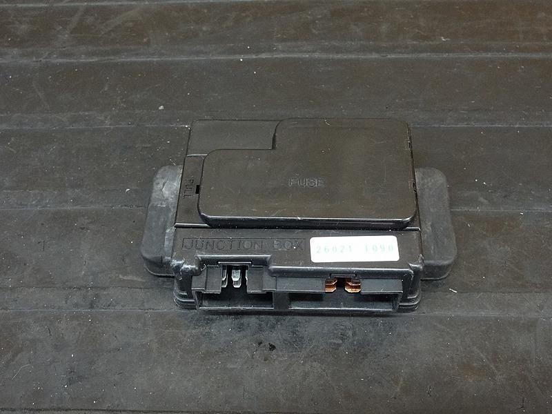 【181024.K】ZZ-R1100(ZXT10D)★ ジャンクションボックス ヒューズボックス | 中古バイクパーツ通販・買取 ジャンクヤード鳥取 JunkYard