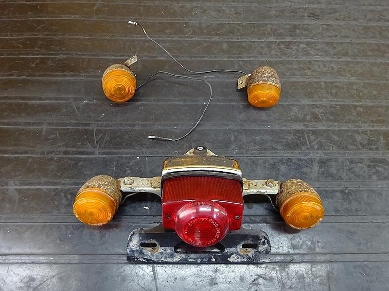 【181214.H】モンキー(Z50J-1364)● ウインカー前後セット テールランプ ステー ジャンク 【メッキモンキー リミテッド 6V | 中古バイクパーツ通販・買取 ジャンクヤード鳥取 JunkYard