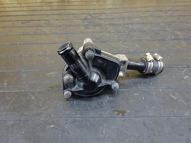 【190806.H】VTZ250(MC15-105)★ ウォーターポンプ 【エンジンパーツ MC15E | 中古バイクパーツ通販・買取 ジャンクヤード鳥取 JunkYard