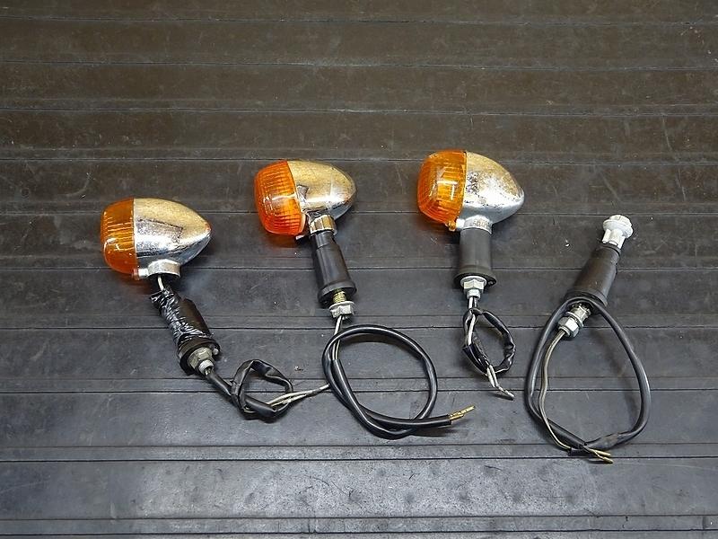 【191219】バリオスⅡ(ZR250B)■ ウインカーセット ウィンカー ジャンク!? 【GSX250FX ZR250C | 中古バイクパーツ通販・買取 ジャンクヤード鳥取 JunkYard