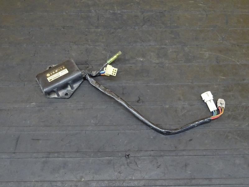 【201006】SR400(1JR-305)■ CDI イグナイター 【SR500 1JN | 中古バイクパーツ通販・買取 ジャンクヤード鳥取 JunkYard
