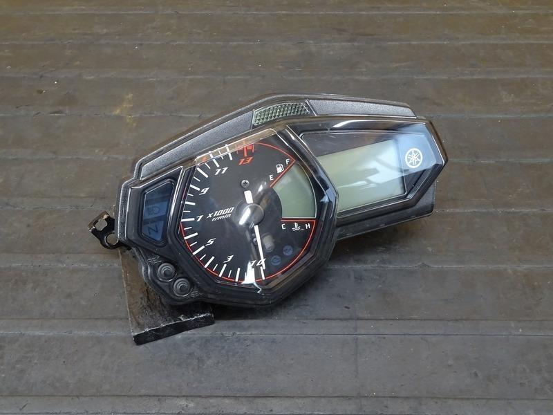 【210802】YZF-R3 ABS(RH13J-001)■ スピードメーター タコメーター インジケーターランプ 28386㎞ ※検:YZF-R25 MT25 | 中古バイクパーツ通販・買取 ジャンクヤード鳥取 JunkYard