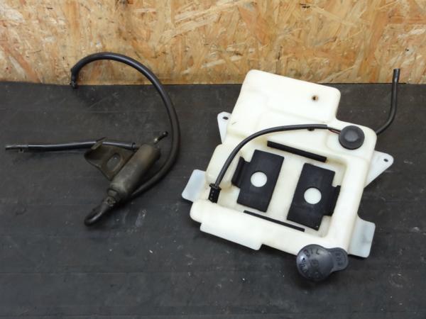 【141009】TZR250R(3XV)◇オイルタンク オイルフィルター? | 中古バイクパーツ通販・買取 ジャンクヤード鳥取 JunkYard
