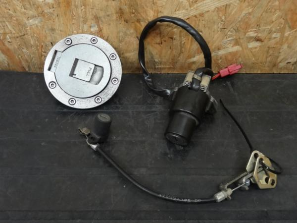 【141009】TZR250R(3XV)◇キーセット メインSW タンクキャップ鍵 | 中古バイクパーツ通販・買取 ジャンクヤード鳥取 JunkYard