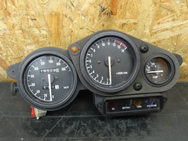 【141009】TZR250R(3XV)◇メーターユニット スピード タコ | 中古バイクパーツ通販・買取 ジャンクヤード鳥取 JunkYard