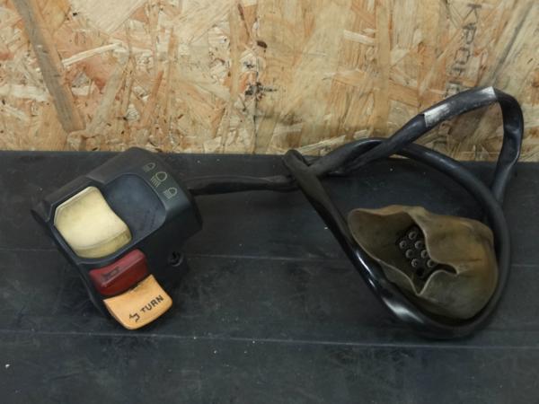 《140724》BMW K100RS(0203)◇ハンドルスイッチ左 ホーン【4VABS | 中古バイクパーツ通販・買取 ジャンクヤード鳥取 JunkYard