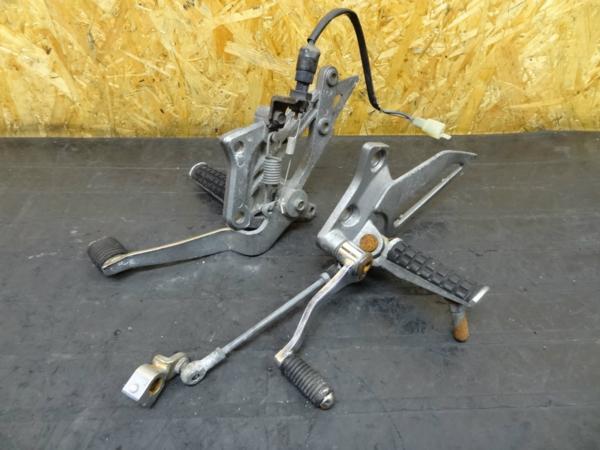 【150408】ZZR250(EX250H)◎ステップ ブレーキ シフト ペダル | 中古バイクパーツ通販・買取 ジャンクヤード鳥取 JunkYard