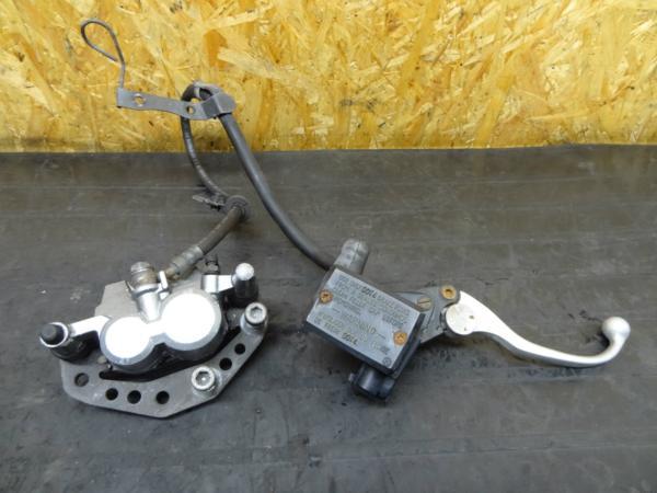 【150408】ZZR250(EX250H)◎フロントブレーキキャリパーマスター | 中古バイクパーツ通販・買取 ジャンクヤード鳥取 JunkYard