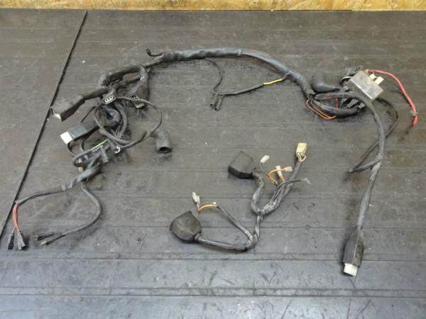 【150511】MHR1000ミレ(ZDM1000R)◆メインハーネス リレー 電装 | 中古バイクパーツ通販・買取 ジャンクヤード鳥取 JunkYard