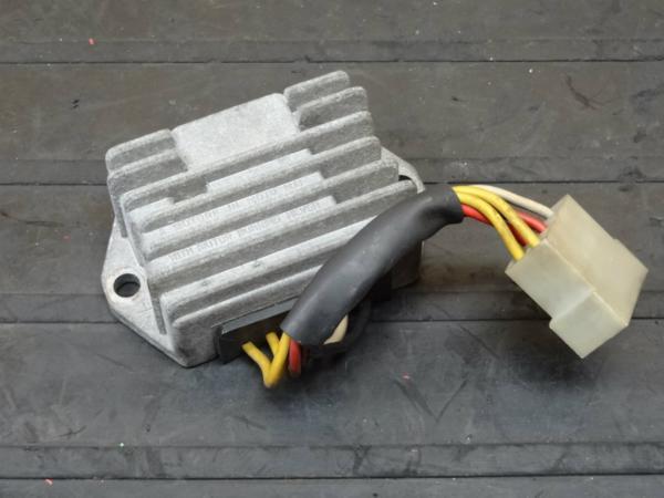 【150511】MHR1000ミレ(ZDM1000R)◆レギュレーター レギュレター | 中古バイクパーツ通販・買取 ジャンクヤード鳥取 JunkYard