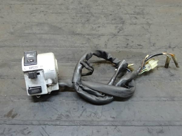 【150224】スティード400(NC26)◆ハンドルスイッチ左 ウインカー | 中古バイクパーツ通販・買取 ジャンクヤード鳥取 JunkYard