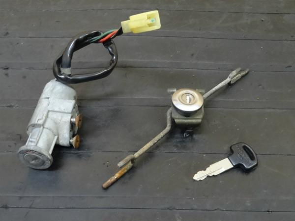 【150228】モトコンポ(AB12)◎キーセット メインスイッチ 鍵6V   中古バイクパーツ通販・買取 ジャンクヤード鳥取 JunkYard