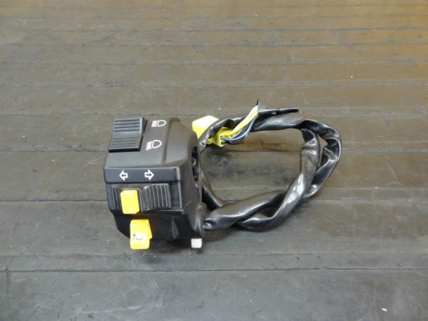 【151019】DR-Z400SM(SK44A)◆ハンドルスイッチ 左 HI/LO | 中古バイクパーツ通販・買取 ジャンクヤード鳥取 JunkYard