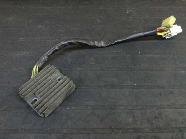 【160112】CBR954RR(SC50)◇レギュレーター レギュレター | 中古バイクパーツ通販・買取 ジャンクヤード鳥取 JunkYard