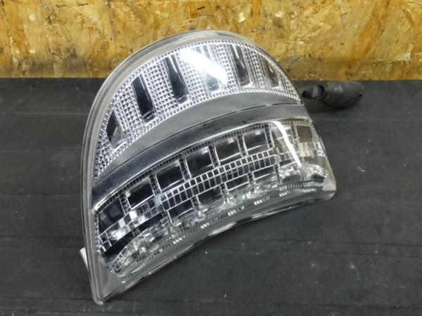 【160112】CBR954RR(SC50)◇テールランプ ライト LED | 中古バイクパーツ通販・買取 ジャンクヤード鳥取 JunkYard
