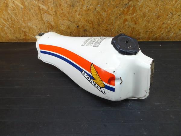 【160917】TLR200(MD09)◆ガソリンタンク キャップ コック 難有   中古バイクパーツ通販・買取 ジャンクヤード鳥取 JunkYard
