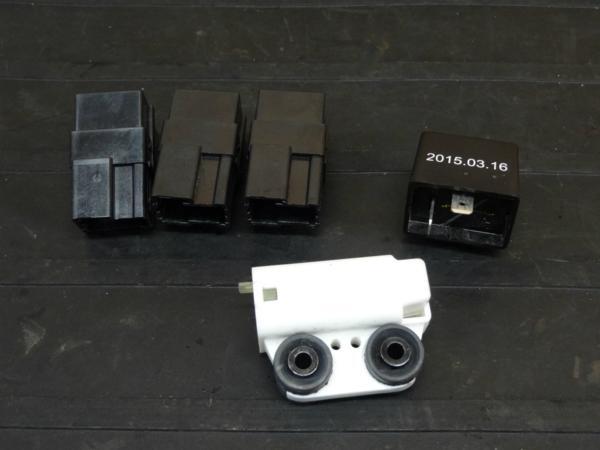 【161003】YZF-R25(RG10J)◇リレー バンクアングルセンサー | 中古バイクパーツ通販・買取 ジャンクヤード鳥取 JunkYard