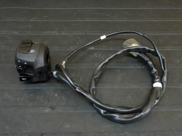 【161003】YZF-R25(RG10J)◇ハンドルスイッチ 左 ウインカーSW | 中古バイクパーツ通販・買取 ジャンクヤード鳥取 JunkYard