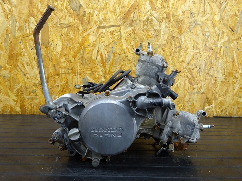 【201029】NSR250R(MC16-1008)◇ 中古エンジン 始動確認後取り外し!! ジェネレーター 13967㎞ | 中古バイクパーツ通販・買取 ジャンクヤード鳥取 JunkYard