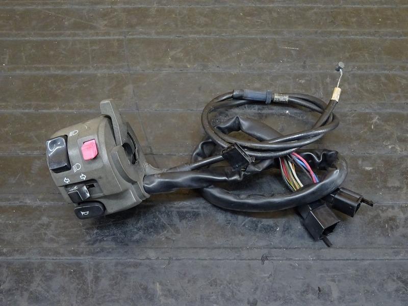 【210224】ZRX1200R(ZRT20A-021)◇ ハンドルスイッチ左 スイッチボックス左 チョークレバー | 中古バイクパーツ通販・買取 ジャンクヤード鳥取 JunkYard