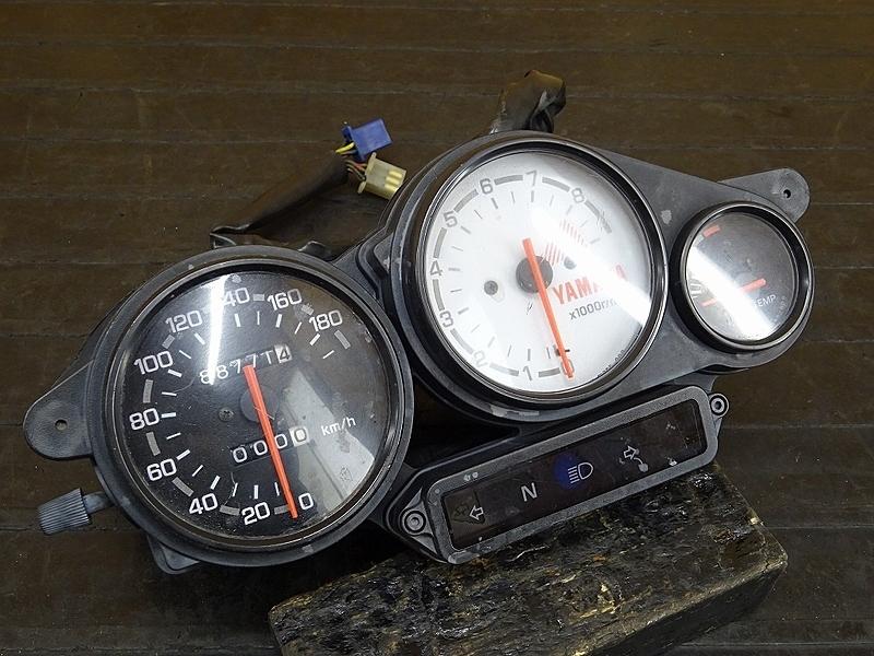 【191115.Y】TRX850(4NX-013)★ スピードメーター インジケーターランプ メーター タコメーター 88771㎞ | 中古バイクパーツ通販・買取 ジャンクヤード鳥取 JunkYard