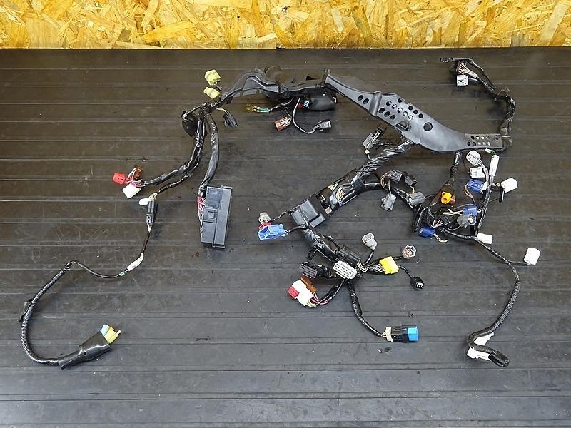 【200430】CBR1000RR SP '14 ABS(SC59-1600)■ メインハーネス ヒューズボックス 【後期 | 中古バイクパーツ通販・買取 ジャンクヤード鳥取 JunkYard