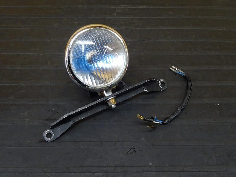 【201226】FTR223(MC34-1002)■ 社外ヘッドライト ヘッドライトレンズ ヘッドライトケース ベーツライト メッキ ステー | 中古バイクパーツ通販・買取 ジャンクヤード鳥取 JunkYard