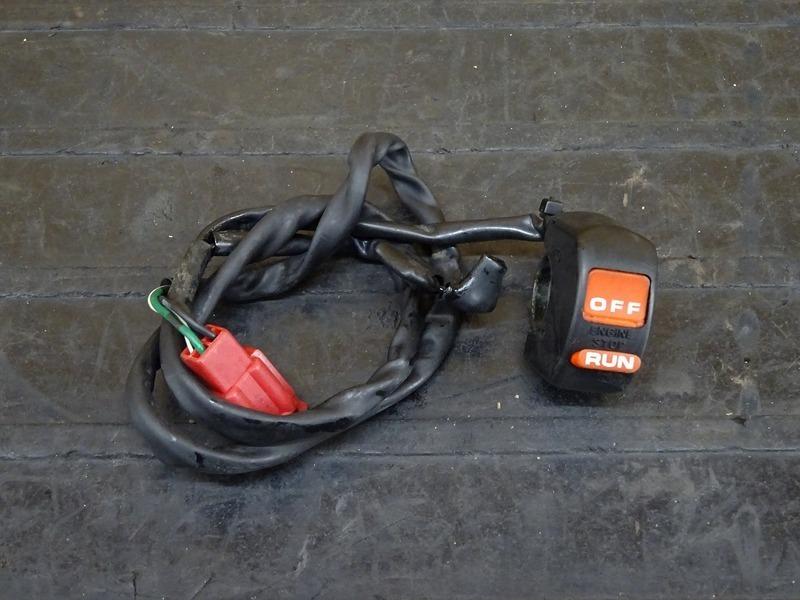 【210301】NSR250R SE(MC28-1006)◇ ハンドルスイッチ右 スイッチボックス右 ※検:SP 乾式クラッチ   中古バイクパーツ通販・買取 ジャンクヤード鳥取 JunkYard