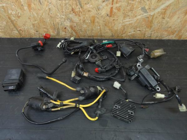 【140626】ブロス400(NC25)◇CDI IGコイル ハーネス 電装系 | 中古バイクパーツ通販・買取 ジャンクヤード鳥取 JunkYard