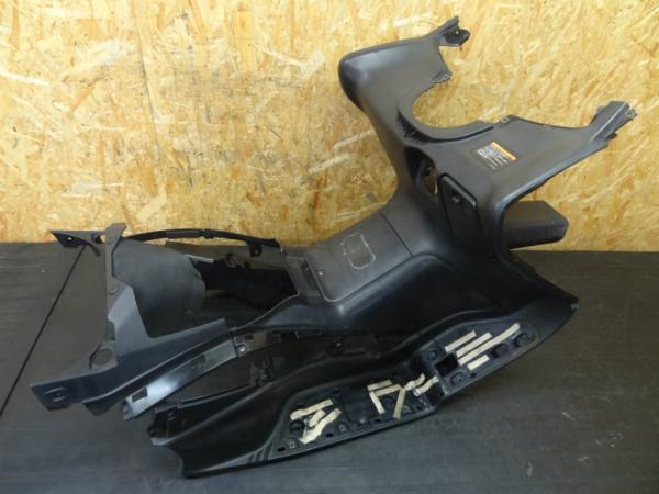 《140918》T-MAX500(SJ04J)◇グローブボックス ステップボード | 中古バイクパーツ通販・買取 ジャンクヤード鳥取 JunkYard