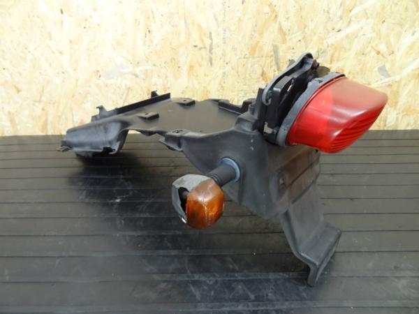 《140424》RGV250ガンマ(VJ23A)◇リアフェンダー リアウィンカー | 中古バイクパーツ通販・買取 ジャンクヤード鳥取 JunkYard