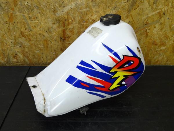 【150110】DT50(17W)◇ガソリンタンク 燃料 フューエル 難有   中古バイクパーツ通販・買取 ジャンクヤード鳥取 JunkYard