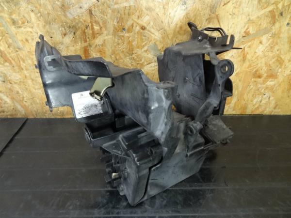 【150127】スティード400(NC26)◎バッテリーボックス 難有 | 中古バイクパーツ通販・買取 ジャンクヤード鳥取 JunkYard