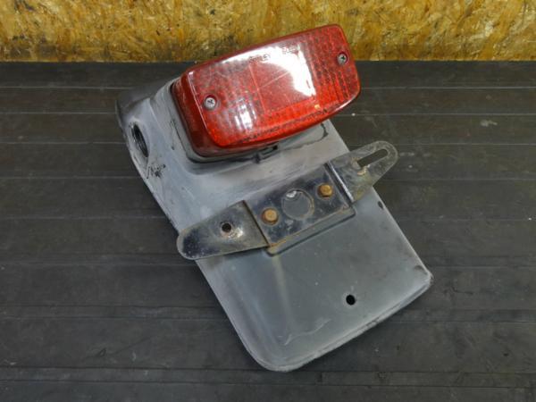 【170410】GB250クラブマン(MC10)◇リアフェンダー テールランプ 難有 | 中古バイクパーツ通販・買取 ジャンクヤード鳥取 JunkYard