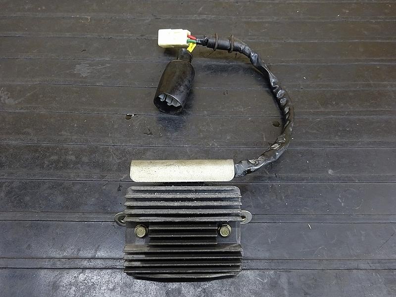 【190328.H】CB1300SF(SC54-1003)● レギュレーター レギュレター | 中古バイクパーツ通販・買取 ジャンクヤード鳥取 JunkYard