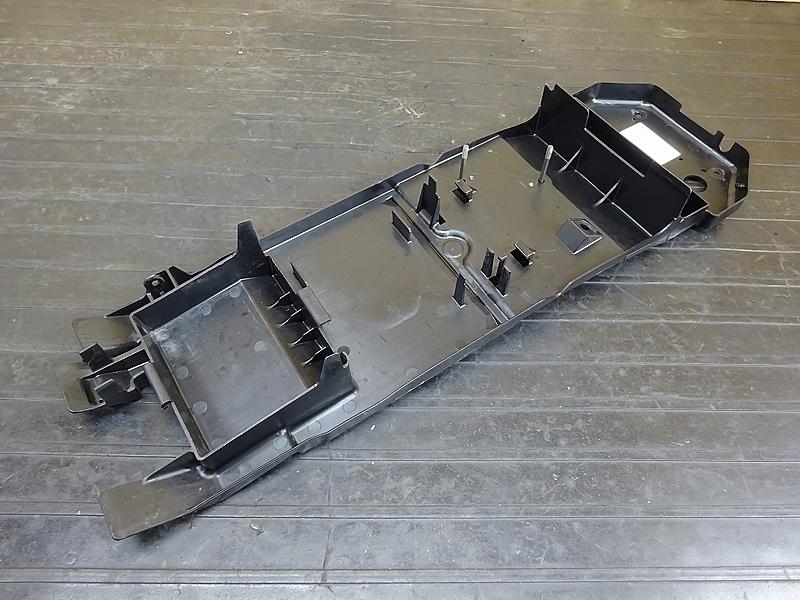 【190501.K】ZX-10R'04-05● リアインナーフェンダー バッテリーボックス 【C型 ZX1000C ニンジャ   中古バイクパーツ通販・買取 ジャンクヤード鳥取 JunkYard
