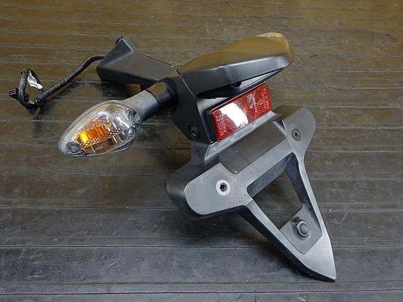 【200320】CBR1000RR(SC59-1200)◇ リアフェンダー ウインカー左右 ナンバーステー | 中古バイクパーツ通販・買取 ジャンクヤード鳥取 JunkYard