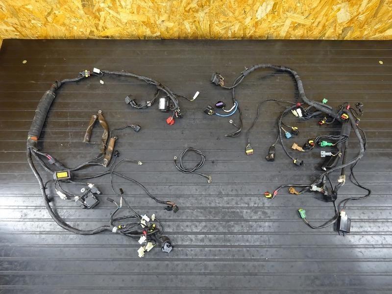 【201019】アプリリア RSV4ファクトリー■ メインハーネス バンクアングルセンサー リレー 【aprilia FACTORY APRC | 中古バイクパーツ通販・買取 ジャンクヤード鳥取 JunkYard