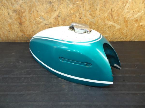 【160724】スズキ T500◆ガソリンタンク キャップ [タイタン? | 中古バイクパーツ通販・買取 ジャンクヤード鳥取 JunkYard