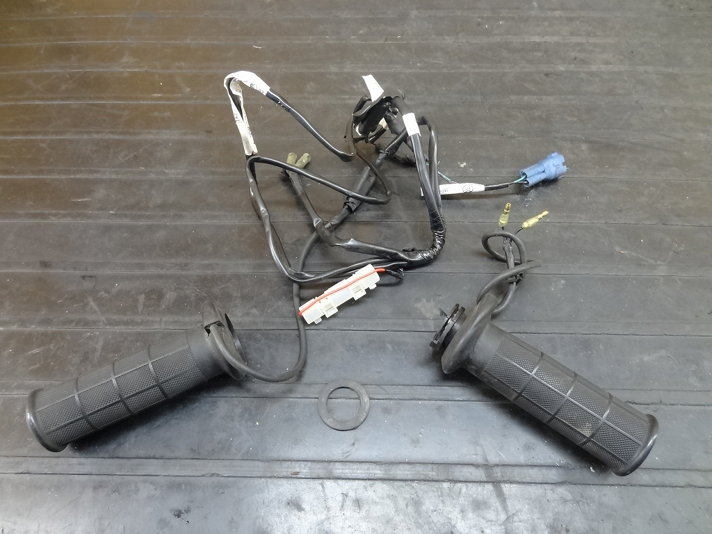 【180402.H】ジャイロX(TD02-1002)★グリップヒーター左右 ジャンク 【Fi 2型 4st スロットルパイプ | 中古バイクパーツ通販・買取 ジャンクヤード鳥取 JunkYard