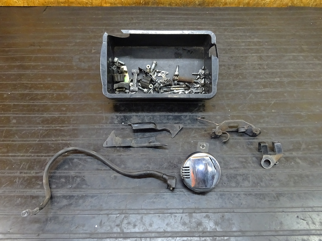 【180528.H】GB400TT(MC20-1010)●ボルトセット ブッシュ ホーン ステー | 中古バイクパーツ通販・買取 ジャンクヤード鳥取 JunkYard
